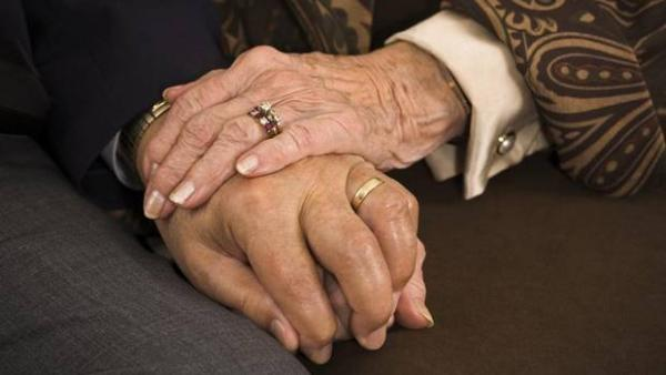 The Canadian Medical Association is calling for the creation of a national palliative care strategy to ensure people across the country have access to a high-quality, dignified end-of-life experience. (DAVID SUCSY/iSTOCKPHOTO)